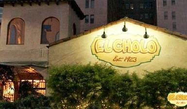 디쉬인사이드 LA에서 만나는 가장 미국적인 음식들 LA: 인앤아웃버거,핑크스 핫도그,콜라와 커피 영화 펄프픽션,라라랜드,디스 이즈 디 엔드-6